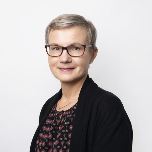 Nina Kokljuschkin - Premium Group