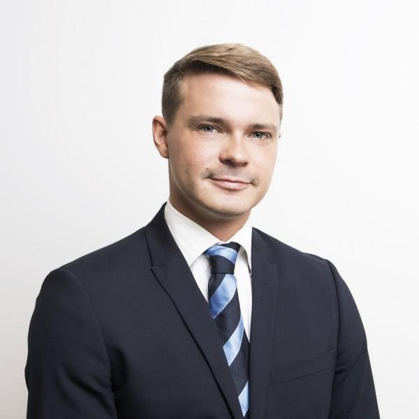 Emil Ikäheimonen - Premium Group