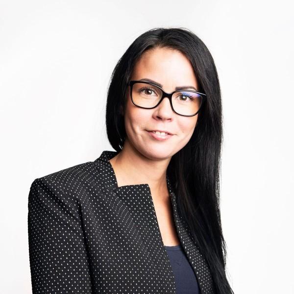 Jenna Karttunen - Premium Group